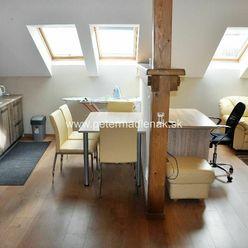 Prenájom 2-izbový byt na pešej zóne v centre mesta Nitra.