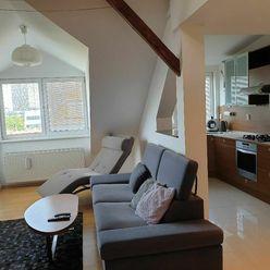 Prenájom 3-izbový byt s balkonom Mezonet, 29 Augusta ul., Bratislava- Staré mesto