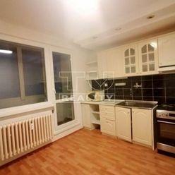 TUreality ponúka na predaj 3 izbový byt v Poprade na sídlisku JUHIII.