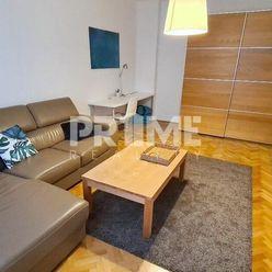 Pekný 2i byt, REKONŠTRUKCIA, MEDICKÁ ZÁHRADA, Májkova ulica, Staré Mesto
