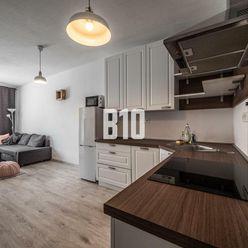 PETRŽALSKÉ DVORY - PRIESTRANNÝ 2izbový byt so skvelou dostupnosťou do centra
