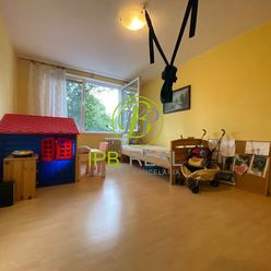 VÝBORNÁ LOKALITA! Veľký 2-izb.byt na Vilovej ul. v Petržalke!