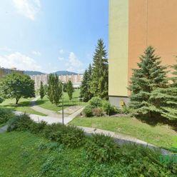 3-izbový byt s loggiou v časti Podlavice, Banská Bystrica