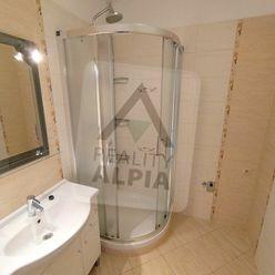 3-izbový byt s loggiou / 70 m2 / - Žilina / Solinky