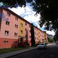 BV REAL Na predaj EXKLUZIVNE 2 izbový byt 63 m2 Handlová FM1114