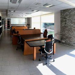 Prenájom - exkluzívne kancelárske priestory 107m2 - Teplička nad Váhom