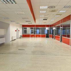 Directreal ponúka Prenájom  421m2 obchodných  a 1074m2 skladových priestorov pri letisku