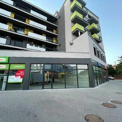 RK MAXIS REAL:NA PREDAJ : Nový, veľký  a dobre viditeľný obchodný priestor na lukratívnom mieste