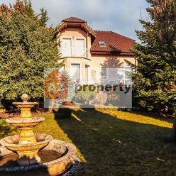 Rodinný dom s nádhernou záhradou, interiérovým bazénom a súkromím v Limbachu Limbová ulica, Limbach