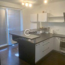 AG reality I  na prenájom veľký 3 izbový byt s dvoma balkónmi v Hviezdnom bývaní