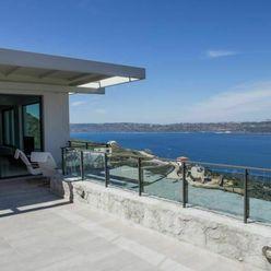 Moderní vila s panoramatickým výhledem na moře, Kréta, Řecko