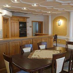 ZÁMOCKÁ - 4-izb. byt s loggiou a výhľadom na Bratislavský hrad
