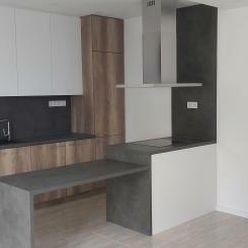 Nadštandardné bývanie v KN - 2 izb.byt na PREDAJ