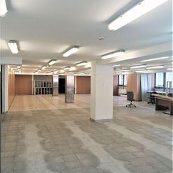 280 m2 - otvorený priestor v centre mesta (budova VUB) ! TOP ADRESA