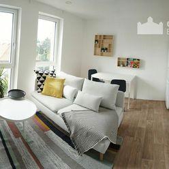 Útulný slnečný 3i byt v novostavbe s balkónom na prenájom v Starom meste