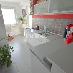 Štýlový 3i byt prerobený zo 4i, REKONŠTRUKCIA, LOGGIA, Ševčenková ulica, Petržalka
