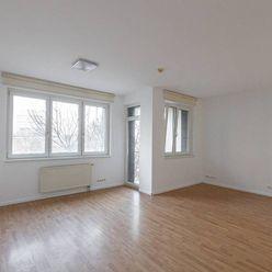 Kancelária s možnosťou prechodného bývania