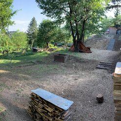 Záhrada s výhľadom Tulská