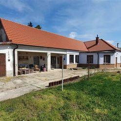 VIVAREAL*  IBA U NÁS!  3 izb. RD, garáž, veľký pozemok až 1320m2, obec Dolné Lovčice
