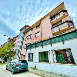 Predaj veľkometrážny 4-izbový byt s výhľadom na les, BA-Dúbravka