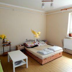 Znížená cena!!! 4-izbový čiastočne zrekonštruovaný rodinný dom v Trsticiach