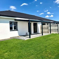 Novostavba kvalitného 4 izbového bungalovu vo vysokom štandarde v novovybudovanej lokalite v obci Hv