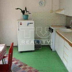 Na predaj 2 izbový byt o výmere 54 m2 v širšom centre.