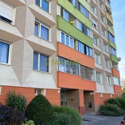 2-izbový byt (prerobený na 3-izbový), Stavbárska ulica, 58m2, kompletná rekonštrukcia.