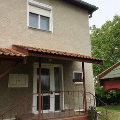 Na predaj 5-izbový rodinný dom s okrasnou záhradou v Novej Stráži - EXKLUZÍVNE iba U NÁS!