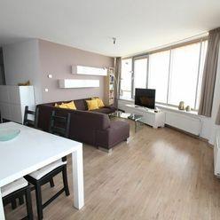 NA PRENÁJOM zariadený 3 izbový byt, TRI VEŽE, Bajkalská ulica, Bratislava. Krásny výhľad na Bratisla