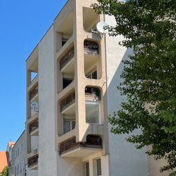 4 - izbový byt v historickom centre Trnavy s parkovaním