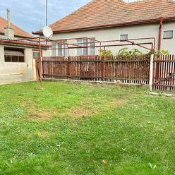 RK DOLCAN predá starší rodinný dom Čeladice