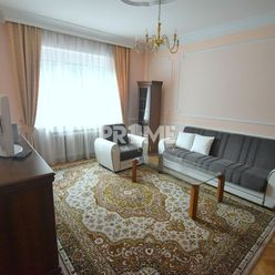 PEKNÝ 2i byt, rekonštrukcia, HIST.CENTRUM, Zochová ulica, Staré Mesto