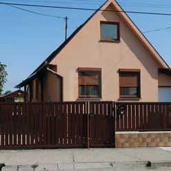 Directreal ponúka REZERVOVANÉ 2 izbový rodinný dom so zariadením.