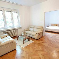 Tichý 2,5i byt na Medenej ulici, Staré Mesto, balkón, výťah