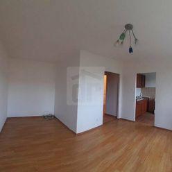 Directreal ponúka REZERVOVANÉ Svetlý zrekonštruovaný byt v tichej lokalite,neváhajte !!!!