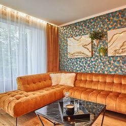 REZERVOVANÉ - NOVOSTAVBA DREAM RESIDENCE BOJNICE 3 IZBOVÝ BYT 100 m2 s krásnym výhľadom, terasa, gar