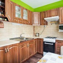 2-izbový byt s balkónom blízko stanice, Nové Zámky, 55m2
