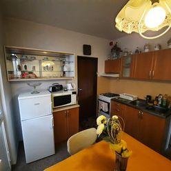 Prenájom: 3 - izbový byt, Martin - Centrum.