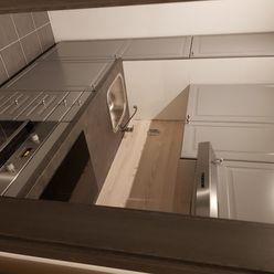 Prenájom jednoizbový byt po kompletnej rekonštrukc