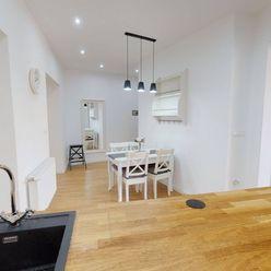 Ponúkame Vám na prenájom moderný, zariadený veľkometrážny 3 izbový byt  o rozlohe 90m2 v mestskej ča