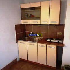 Polyfunkčná budova - obchod a byty na predaj v obci Krpeľany