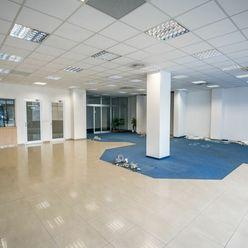 Prenájom - Obchodné priestory - Považská Bystrica
