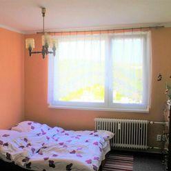 *EXKLUZÍVNE*/1-izbový byt/ul. Jurigovo nám./35m2/PREDAJ/BA - Karlová Ves