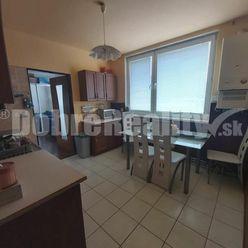 EXKLUZÍVNA ponuka 4 izbového bytu v tehlovej bytovke len 8km od mesta SENEC! Vlastná GARÁŽ!