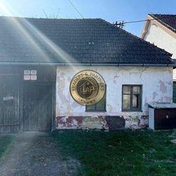 *NA PREDAJ*Drahovce - starý dom s pozemkom