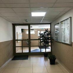 Vkusne zrekonštruovaný 3-izbový byt - Ulica J. Smreka, Devínska Nová Ves