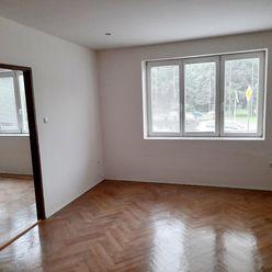 Prenajmem nezariadený 2-izb byt po rekonštrukcii
