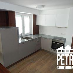 PRENÁJOM : 2 izbový zariadený nový byt v centre mesta Banská Bystrica