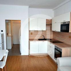 Prenájom 2 izb. bytu na skok do mesta – Staré Mesto, ul. Komenského